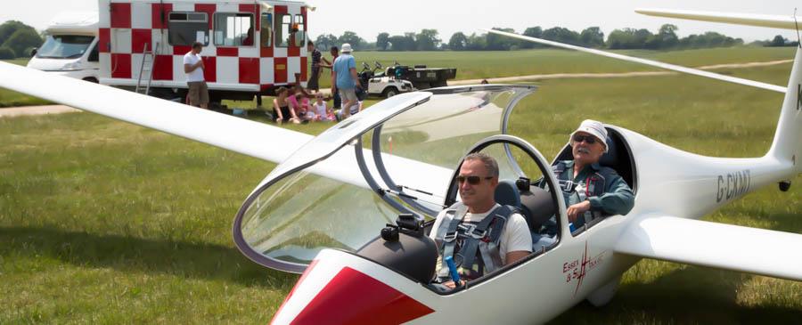 Become a glider pilot